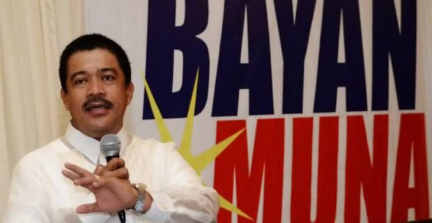 Carlos Zarate speaking