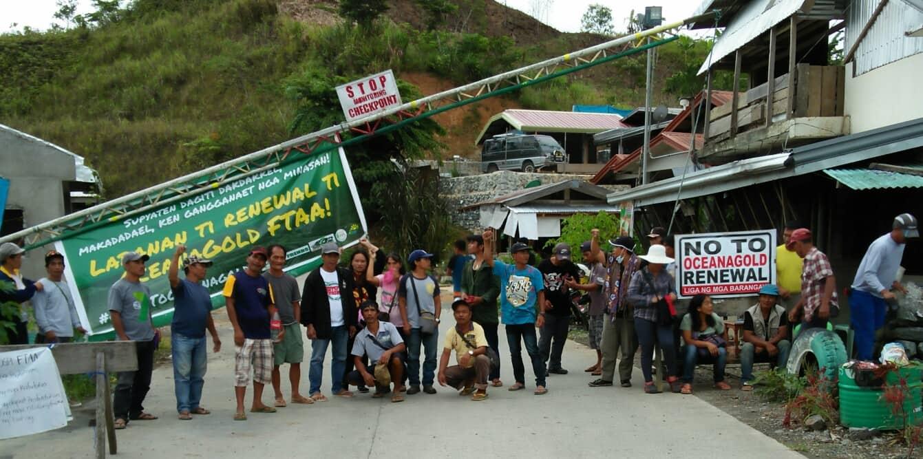 Nueva Vizcaya Oceanagold barricade