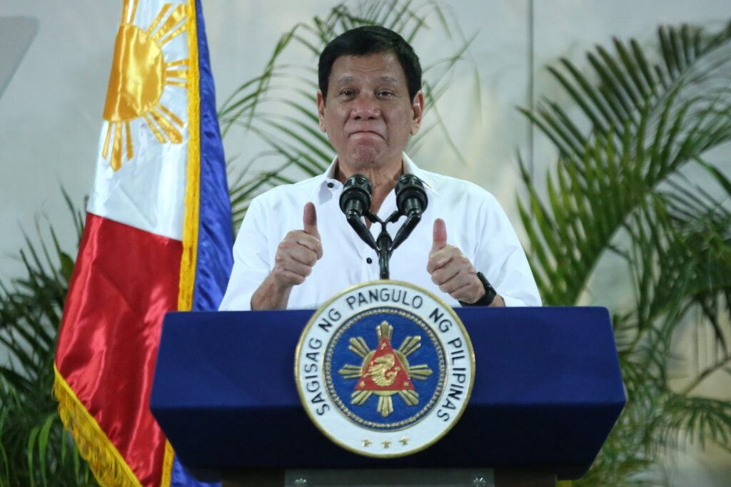 President Rodrigo Duterte thumbs up